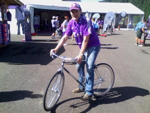 Nuti & Pretini a Moena con la bicicletta ufficiale di ACF Fiorentina